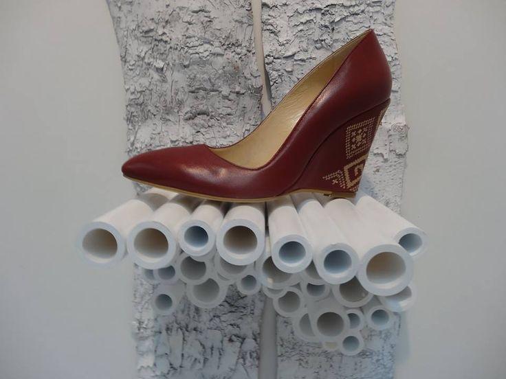 Iutta @ GDS 2015. #iutta #shoes #leather #embroidery #concept #setup #gdsshoefair #design #brancusi #eminescu #craftmanship #fusion #fashion #accesories #dusseldorf