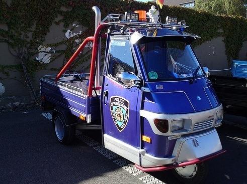 Piaggio Ape New York City Police Tri Motto Piaggio Ape Cars