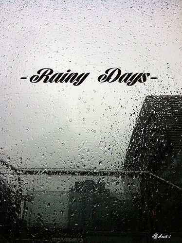 I get so frustrated because we hardly ever get full on rainy days:) I wish almost everyday was cloudy or rainy:):(