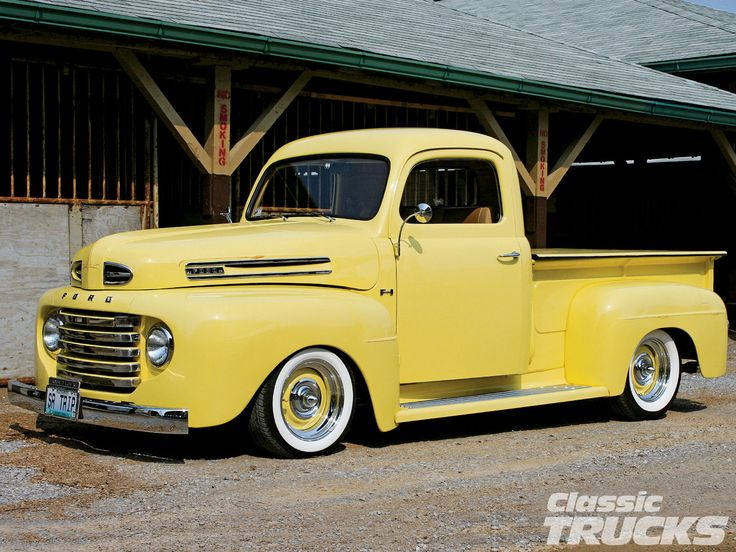 Google Image Result for http://image.classictrucks.com/f/31162602/1001clt_01_z%2B1948_ford_f1_pickup_truck%2Bfront_grill.jpg