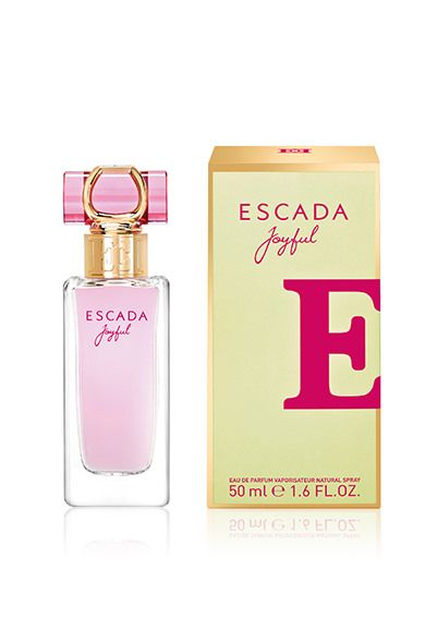 This sparkling floral fragrance is for women who approach life with positivity, spontaneity and confidence