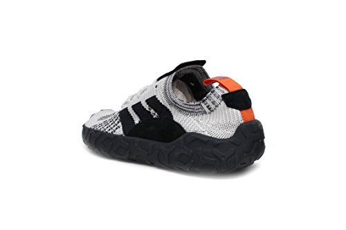 5a1bfebe18bc5 Amazon.com | adidas F/22 Primeknit Mens in Crystal White/Core Black ...