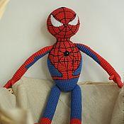 Bambole e giocattoli fatti a mano.  Fiera Masters - Spiderman a mano.  Handmade.