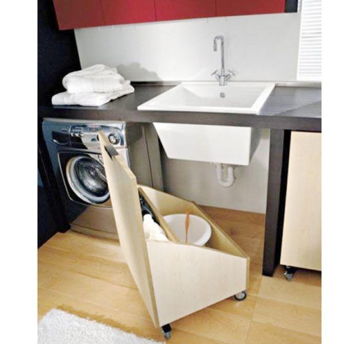 Deixar a área de serviço organizada não é impossível: prateleiras, cestos e móveis bem planejados são bons aliados