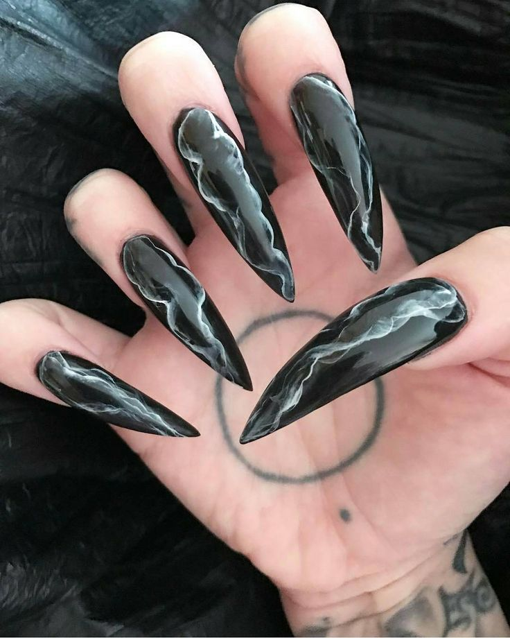 Vampire Nails Are The New Ridiculous Trend That Will Just Get In The Way, TBH - Pretty 52