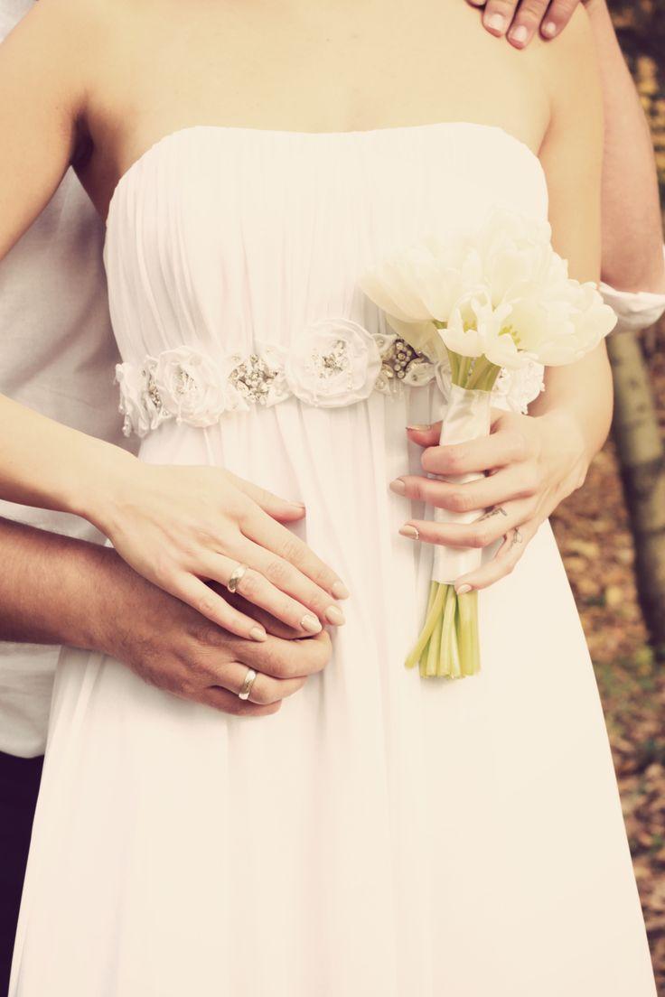 wedding hug photo Anna Pawlewska Photography https://www.facebook.com/annafotografuje