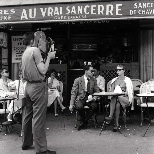 Extrait du film - Á Bout de Souffle (1960, dir. Jean-Luc Godard).