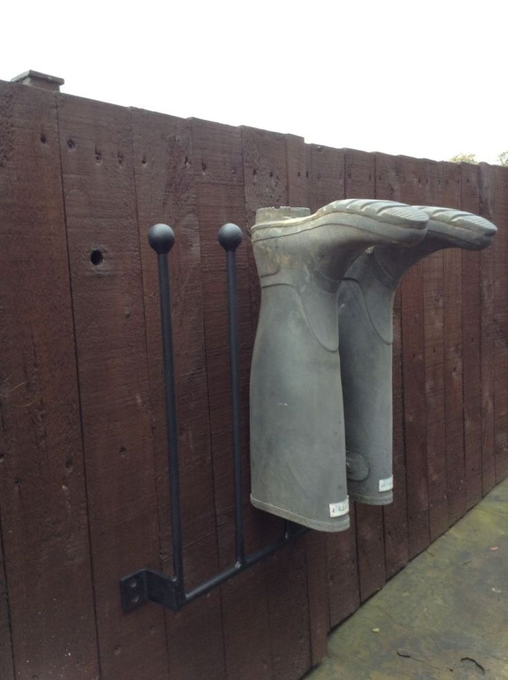 2 Pair Wrought Iron Wall Mounted Welly Wellington Boot