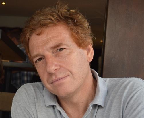 Claudio Bartocci è docente di Fisica matematica presso l'Università di Genova. Oltre a numerosi articoli su riviste internazionali e a monografie specialistiche, è autore di vari saggi sulla storia del pensiero matematico.