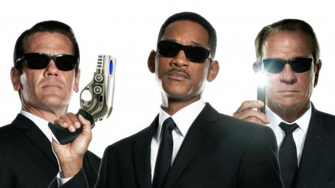 TEKNOLOJİ & BİLİM & UZAY DOSYASI : Siyah Giyen Adamlar Gerçek mi ?? yoksa Holywood senaryosu mu ???