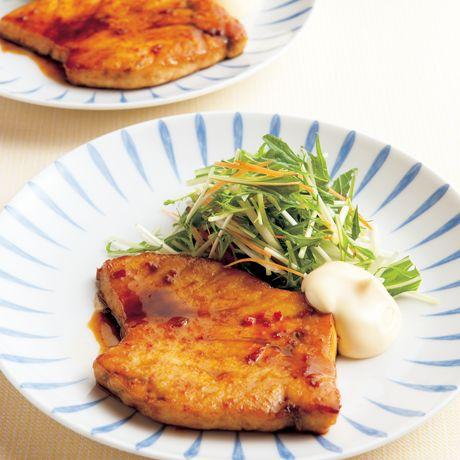 かじきのピリ辛照り焼き | 沼口ゆきさんの照り焼きの料理レシピ | プロの簡単料理レシピはレタスクラブニュース