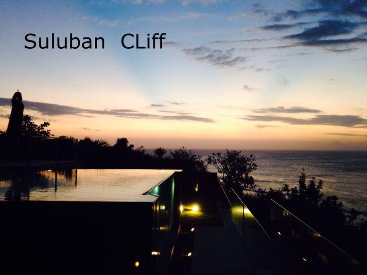 Sunset Suluban Cliff Villa  info@sulubancliffbali.com