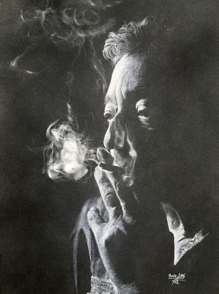Gainsbourg ! Personnage insaisissable et inimitable, créateur de génie pour des chansons d'anthologie. A l'époque la cigarette n'était pas interdite...et Gainsbourg sans clope était difficilement imaginable, alors je me suis lancé de défi de recréer la clope en action, avec un crayon et un papier.