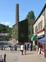 Hebden Bridge www.yorkshirenet.co.uk/yorkshire-west-south/south-west-yorkshire-accommodation.aspx