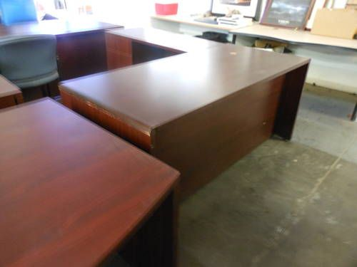 L Shape Desks In Stock And Ready To Go In A Few Different