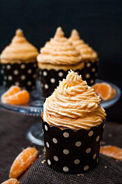 Fantakuchen-Cupcakes mit Orangenfrosting