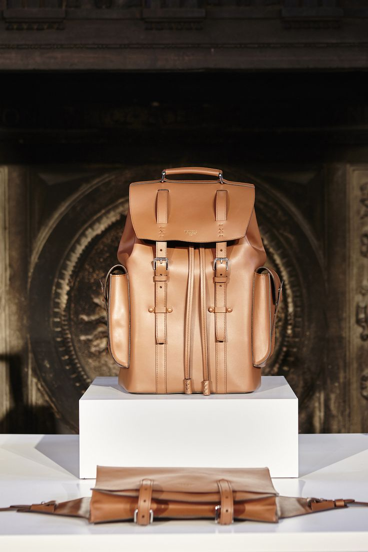 Freedom Collection - the new backpack in natural leather. #MenCollection #NewCollection #AW1617 #Bertoni1949