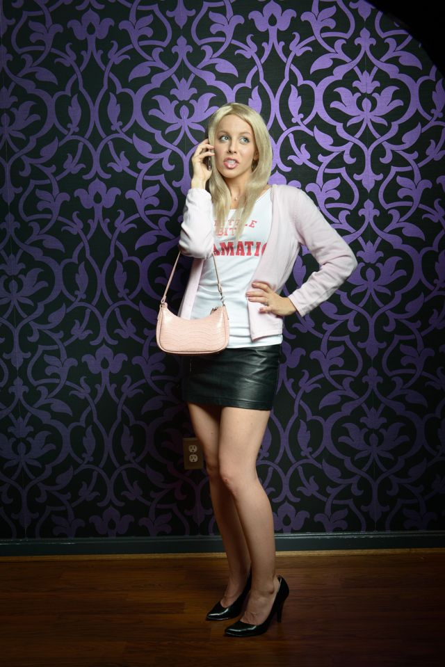 DIY Regina George Halloween costume, via http://brightestyoungthings.com/articles/if-looks-could-kill-byt-halloween-costume-guide.htm