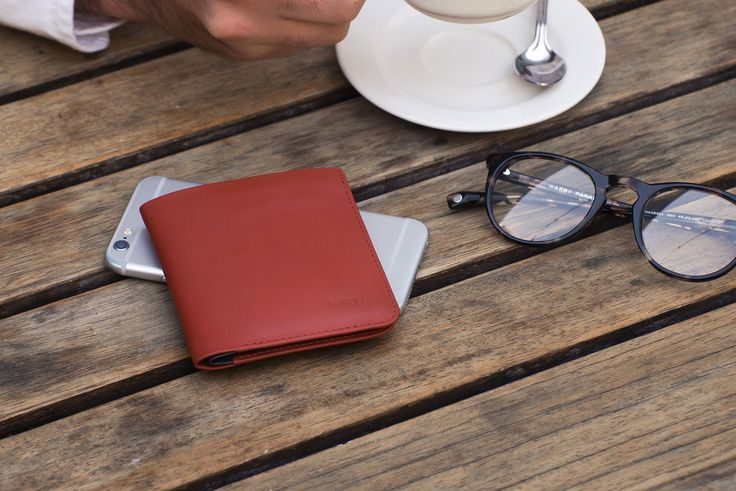 The slim wallet that loves flat bills. Beautifully simple, ideal for that coffee date. #bellroy