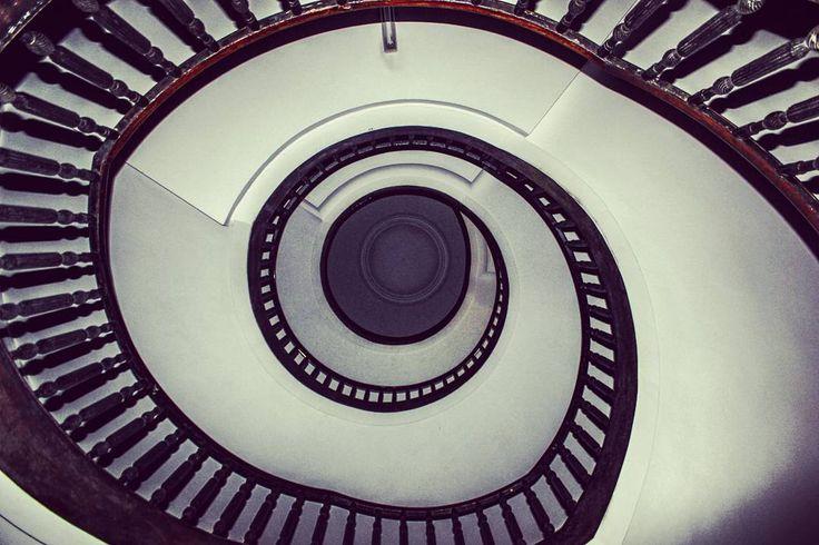Z wizytą w #cahil #nowahuta #budyneks #stairs #igerskrakow #igersnowahuta #instaphoto