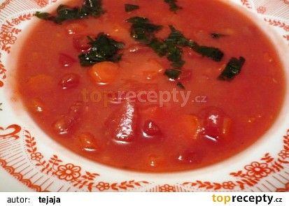 Dýňová polévka s červenou řepou recept - TopRecepty.cz