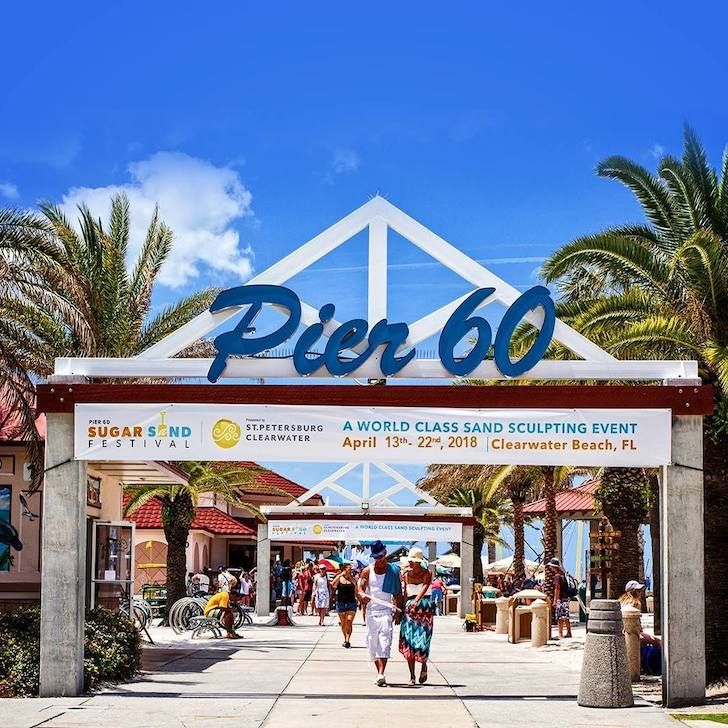 Pier 60 Clearwater Beach 7 Causeway Blvd Clearwater 727 462 6466 Pier 60 Features A 1 080 Foot Fishing Pier And Recrea Tampa Recreational Parks Tampa Bay