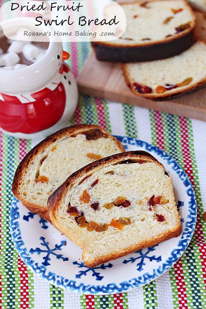 Dried Fruit Swirl Christmas Bread Recipe from Roxanashomebaking.com #25recipestoXmas