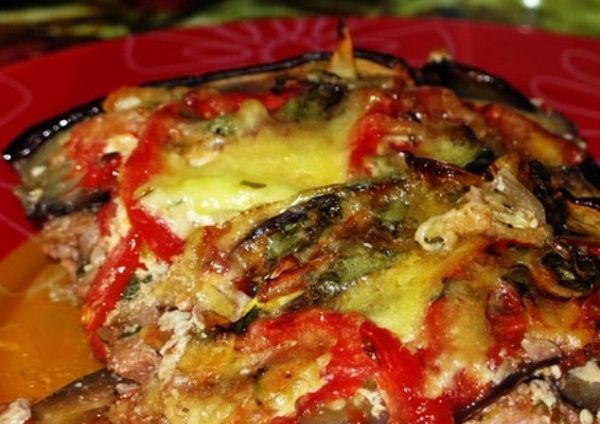 Eggplant with cheese sauce