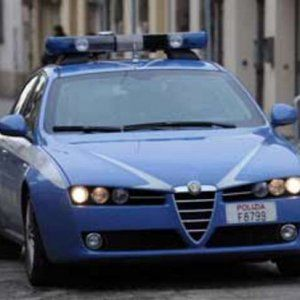 Offerte di lavoro Palermo  Scoperto arsenale in casa. Operazione della polizia  #annuncio #pagato #jobs #Italia #Sicilia Vittoria colpo alla Stidda: tre arresti