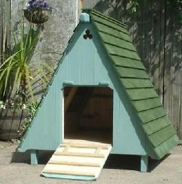 17 best images about coops on pinterest recycled for Movable duck house