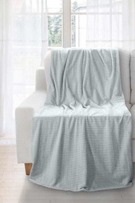 Kvalitná sivá deka so štvorcami