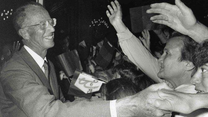 """20 jaar geleden weigerde koning Boudewijn de abortuswet te ondertekenen, waarop de regering hem """"tijdelijk in de onmogelijkheid stelde om te regeren""""."""