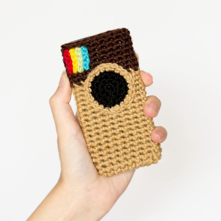 Instagram Inspired Phone Case Crochet Pattern via Hopeful Honey