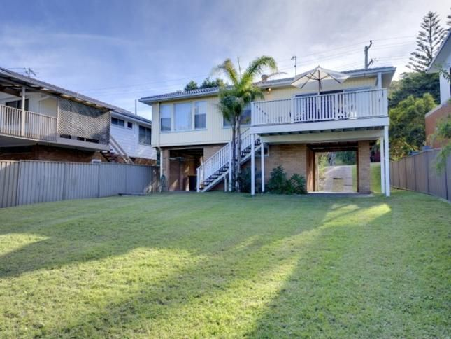 Lentara Street, 31, a Fingal Bay House | Stayz