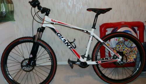 #Giant xtc #mountain bike,  View more on the LINK: http://www.zeppy.io/product/gb/2/272460539229/
