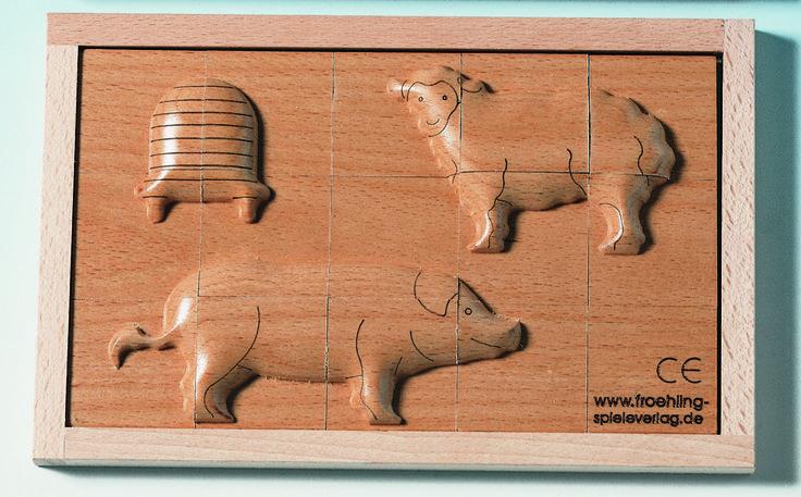 PUZLE DE MADERA EN RELIEVE ANIMALES OVEJA Y CERDITO Los rompecabezas en relieve tallados estimulan el sentido del tacto, el sentido espacial y el reconocimiento de formas. Adecuado para personas ciegas a sentir y tocar. Bueno para ancianos y personas con limitaciones físicas. #puzzlerelieve #nnee  http://www.babycaprichos.com/puzle-de-madera-en-relieve-animales-oveja-y-cerdito.html