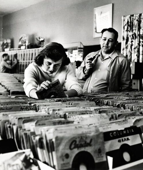 Record shopping in 1953. Photo by Nina Leen. S): Nina Leen, Marimba, Records Shops, Records Stores, Vintage Music,  Xylophon, 1950 S, Photo, 1950S Records
