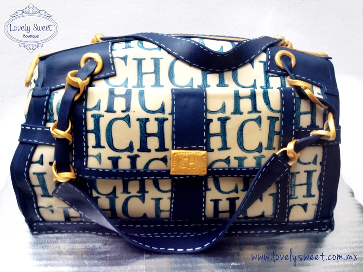 Carolina Herrera Purse Cake by Lovely Sweet Boutique  www.lovelysweet.com.mx