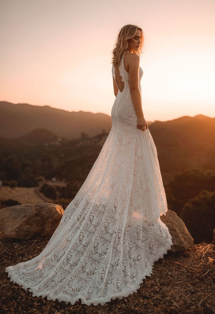 Our Favorite Wedding Dresses from 2017 - Lovers Society x GWS lace wedding dress    #laceweddingdress #weddingdressidea