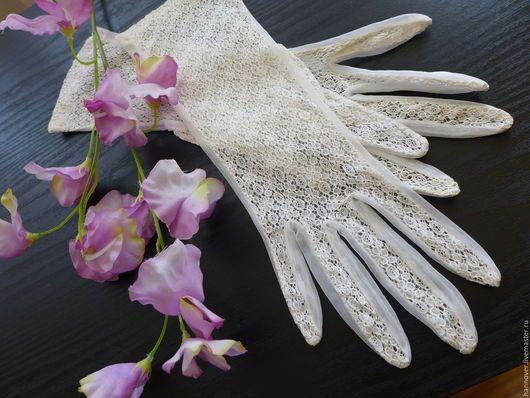 Винтажная одежда и аксессуары. Ярмарка Мастеров - ручная работа. Купить Кружевные перчатки 50 -х гг. для прекрасных дам. Handmade.