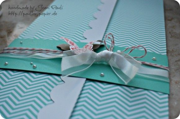 12x12 mini with 3 envelopes inside. Ideal as a gift...