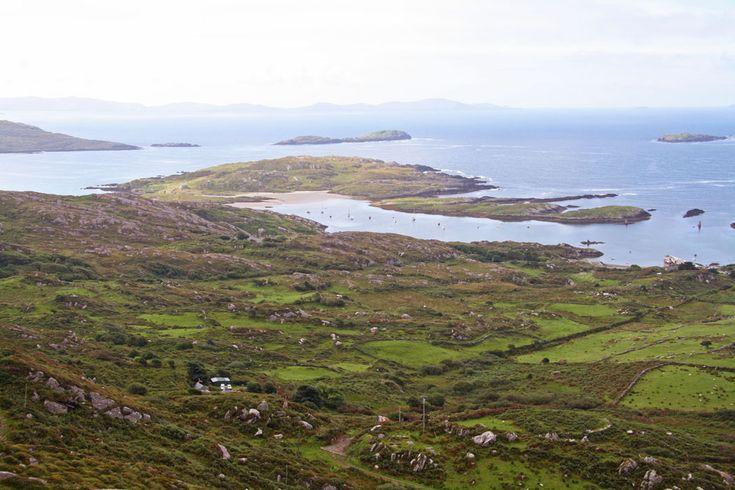Mini guida per organizzare da soli un viaggio in Irlanda di 10 giorni: itinerario completo, in quali b&b dormire, cosa assaggiare, quali luoghi non perdere.