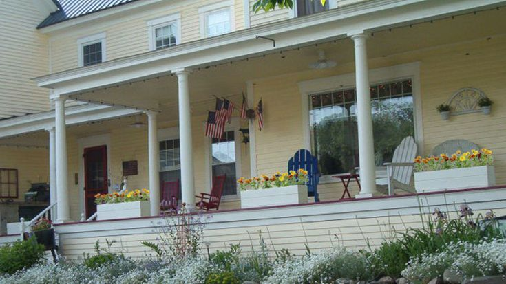 Another Maine bed and breakfast is offering ownership to the winner of an essay contest