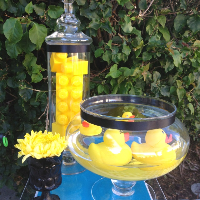 145 best images about baby shower ideas on pinterest for Rubber ducky bathroom ideas