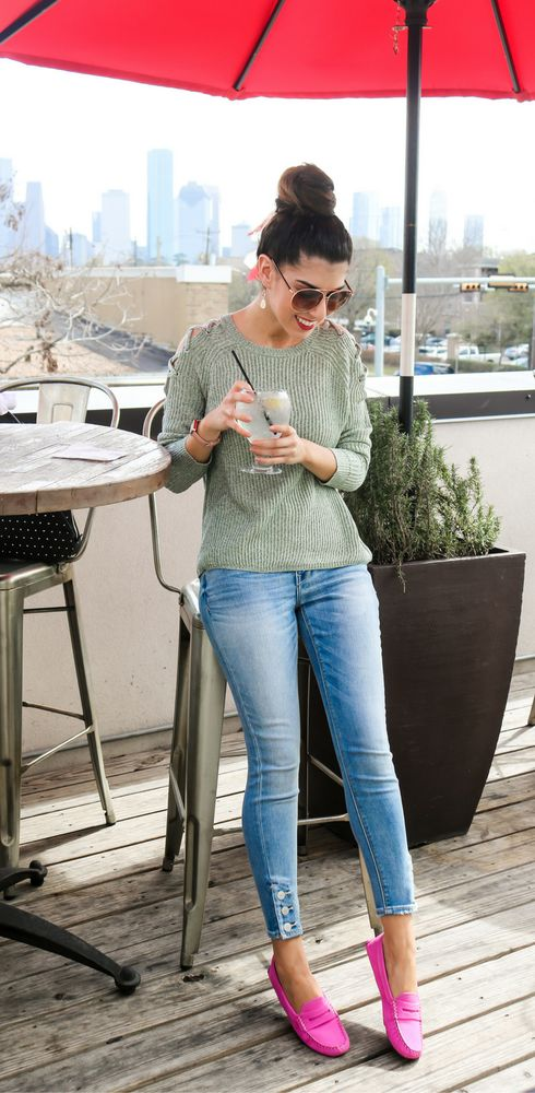 Mint Lace Up Knit Sweater. Spring Sweaters. Winter Sweaters. Transition into Spring. Brunch Outfit. Weekend Style. Casual Style. Hot Pink Loafers. Jean Leggings. Light Wash Jean Leggings. Express Jeans. New York and Company. Jean Leggings with Buttons.