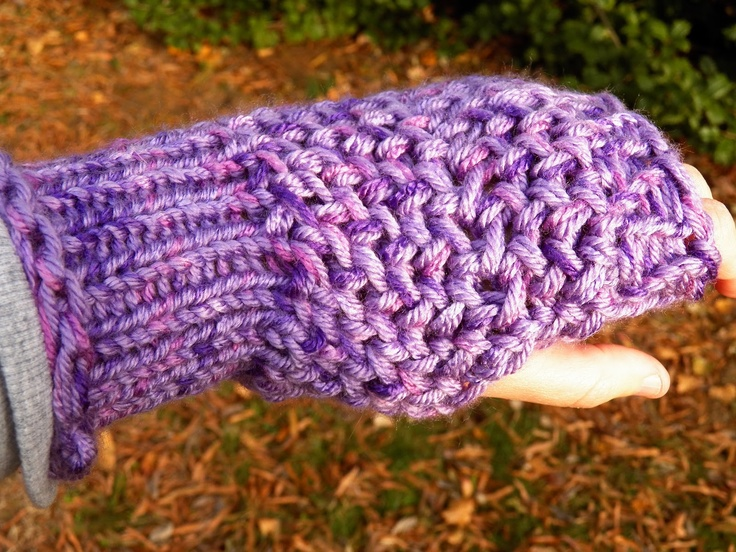 Loom Knit Fingerless Gloves Pattern : 17 best images about Loom Knit / Wristlets & Mittens on Pinterest Loom ...
