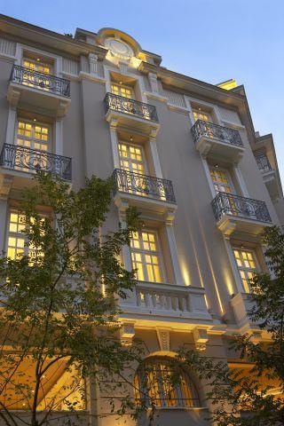 Panoramic view rooms and suites at your disposal… http://www.excelsiorhotel.gr/luxury-hotel-accommodation.php