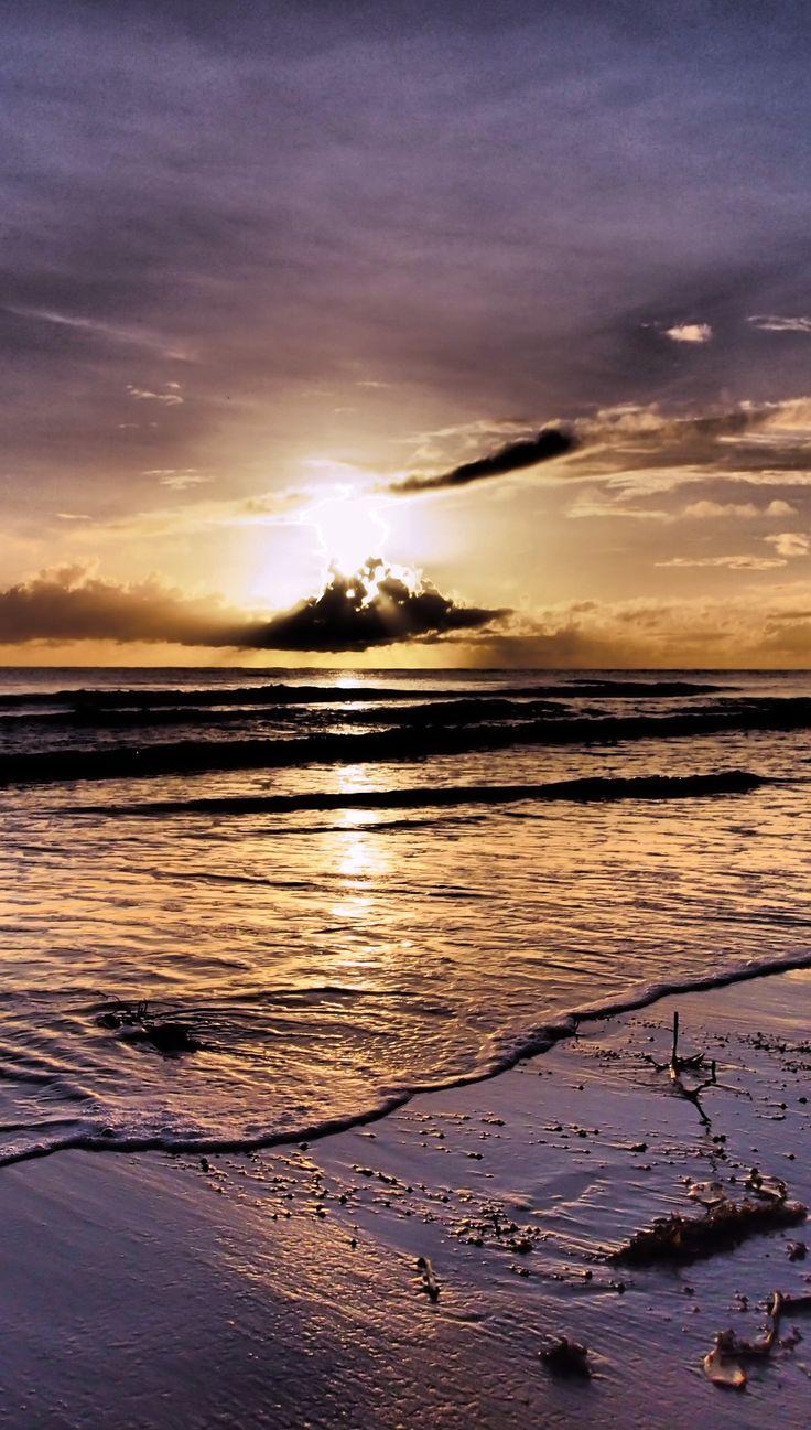 Sunrise Four Mile Beach. Port Douglas. Queensland. Australia. Photo credit http://worldtravelfamily.com