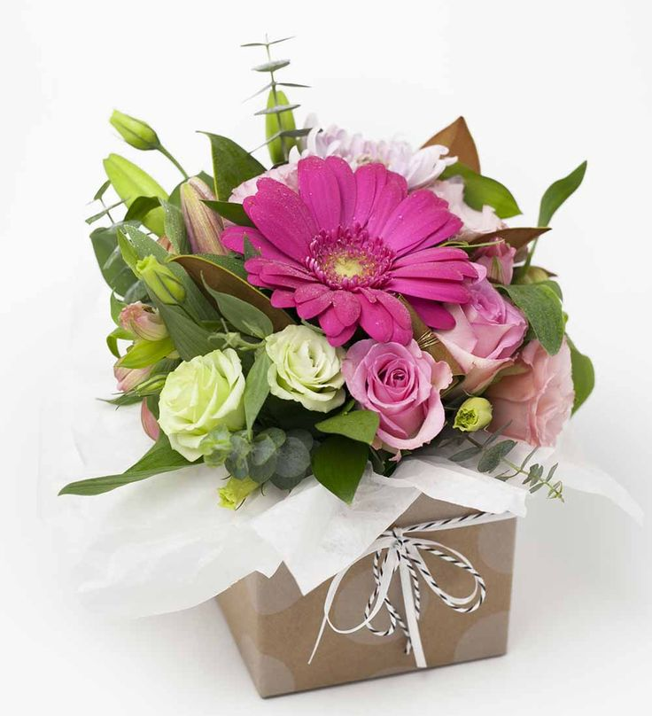 Stunning Posy Box Pink http://www.expressionsfloral.co.nz/ #florist #flowers #bouquets