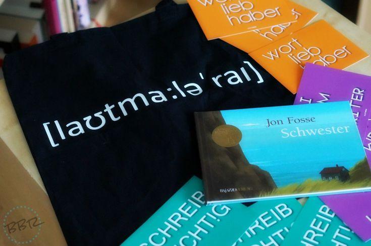 Eine WORTFORM Lautmalerei Stofftasche gibt es anlässlich des 3. Bloggeburtstags bei Brösel's Bücherregal zu gewinnen. WORTFORM gratuliert ganz herzlich!